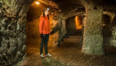 Tudta Ön, hogy Kőbánya alatt egy hatalmas pincerendszer húzódik? Nézze meg Ön is!